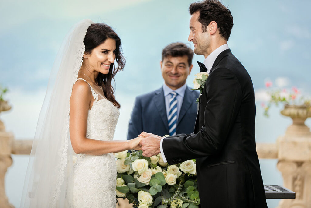 Wedding officiant _and_celebrant_in_Italy