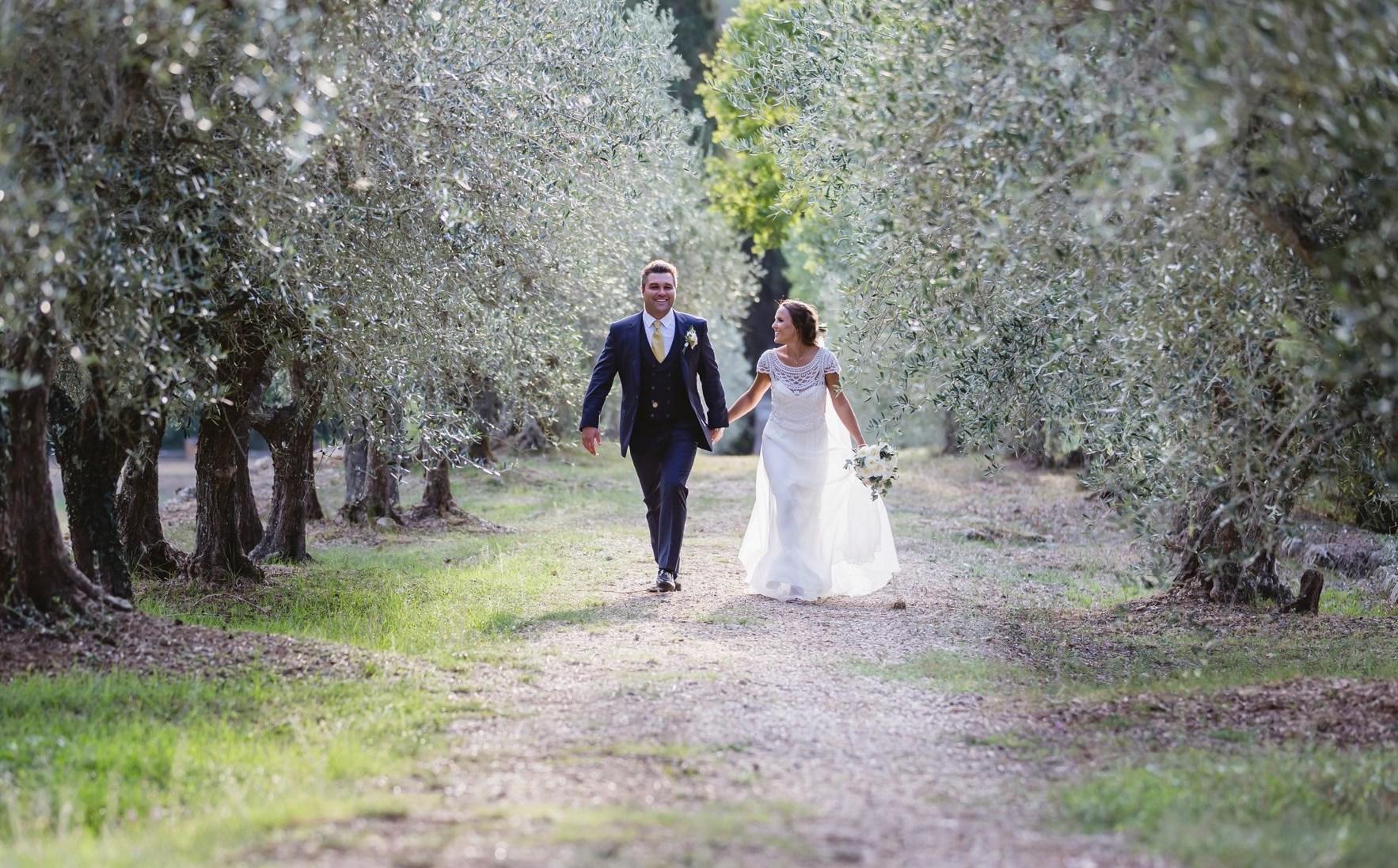 elope to Tuscany