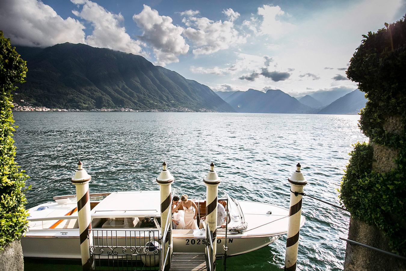 lake-como-boat-wedding