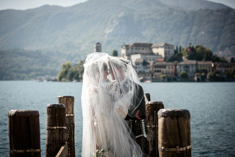 elope to italian lakes
