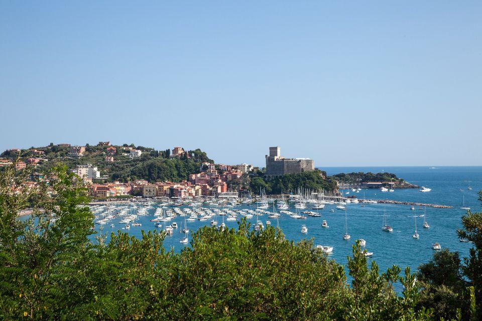 elope in the Italian Riviera Liguria
